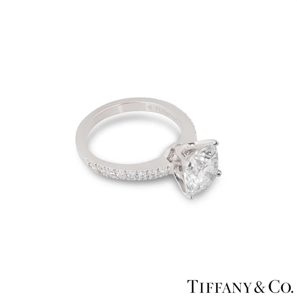 Tiffany & Co. Platinum Cushion Cut Diamond Novo Ring 2.19ct G/VS1